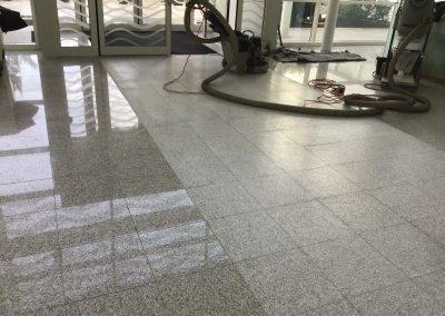 Dépolissage d'un granite